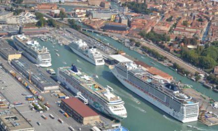 Venezia, ripartono le crociere, ma da Porto Marghera
