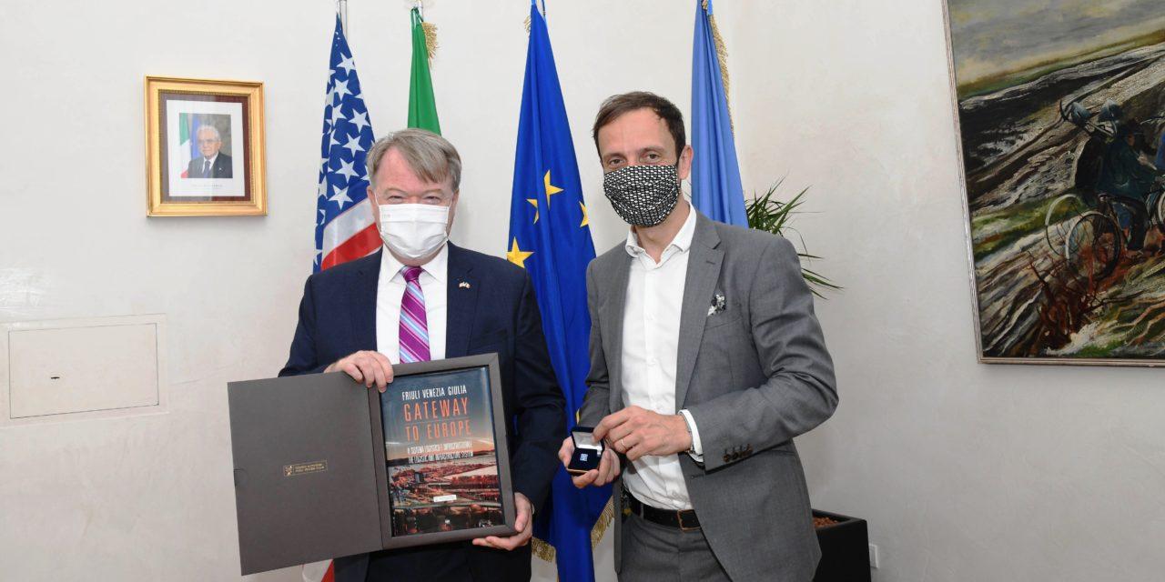 Console americano in visita al Porto di Trieste