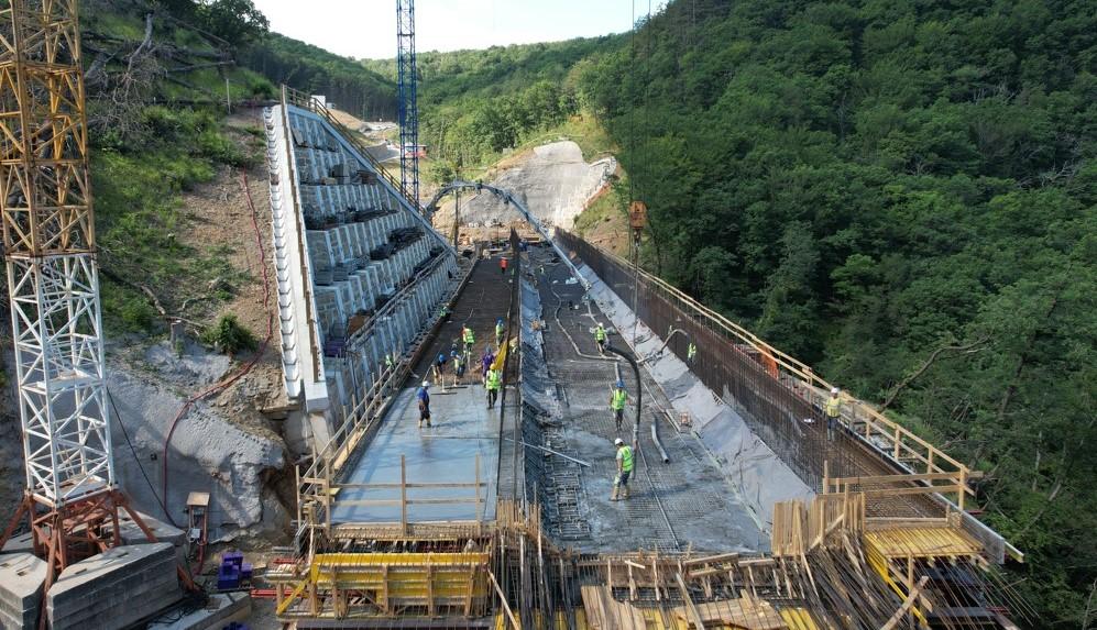 Capodistria-Divaccia, a pieno ritmo i lavori per la ferrovia a servizio del porto