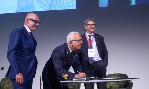 """Porti di Trieste e Monfalcone: """"blue agreement"""" per ridurre emissioni navi"""